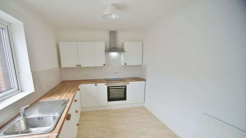 2 Bedrooms Flat for sale in Bolton Street, Blackpool, FY1 6AE