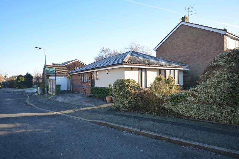 3 Bedrooms Detached Bungalow for sale in Windermere Drive, Rishton