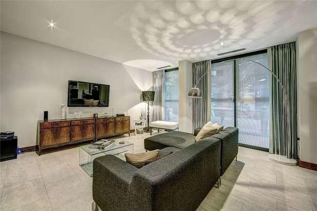 2 Bedrooms Flat for sale in Phoenix Street, Covent Garden, London