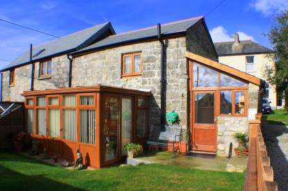 1 Bedroom Barn Conversion Character Property for sale in Little Treviscoe, St. Austell, Cornwall