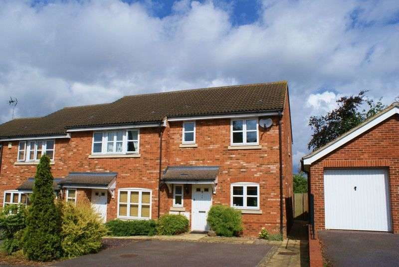 2 Bedrooms Terraced House for sale in Twyford, Berkshire.