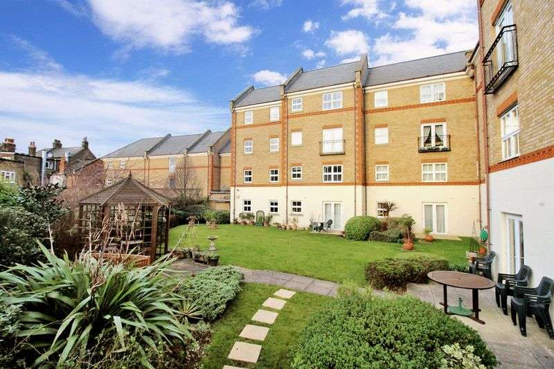 1 Bedroom Retirement Property for sale in Pegasus Court (Acton), Acton, W3 6PT