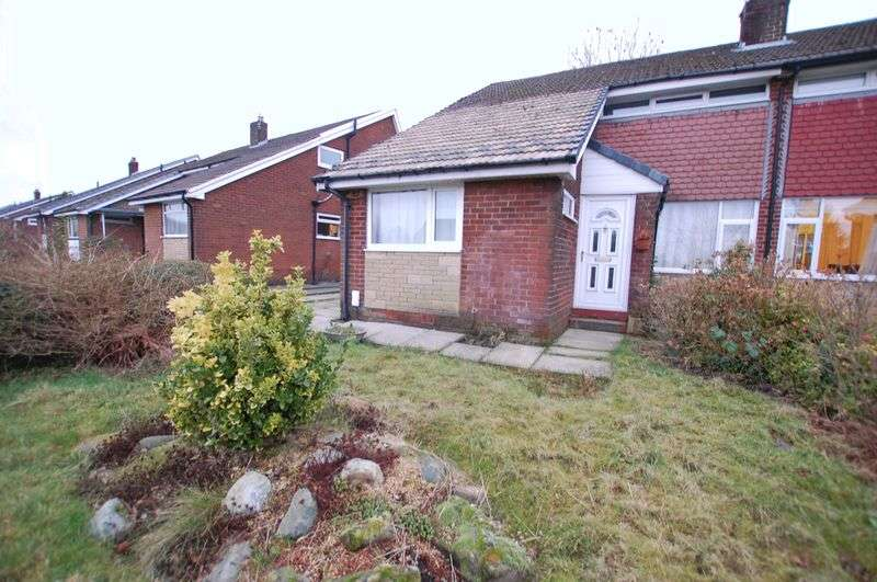 3 Bedrooms Semi Detached House for sale in New Lane, Bolton