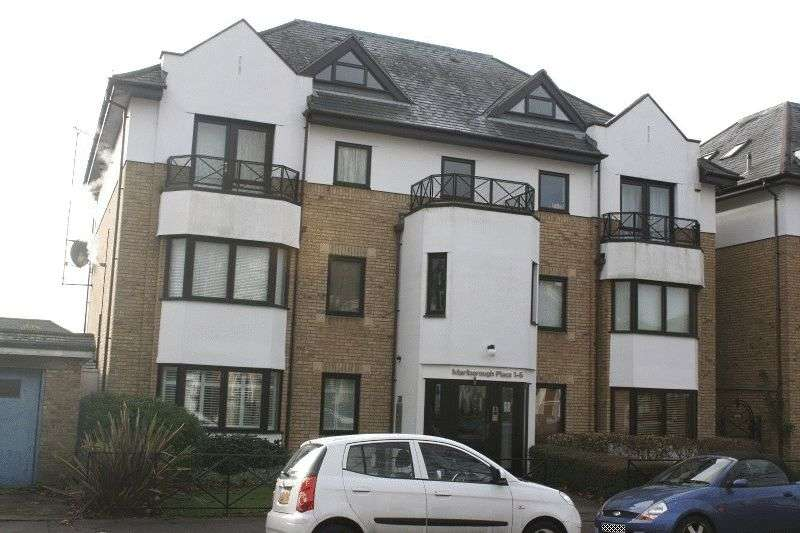 3 Bedrooms Flat for sale in 121 Alexandra Road, Southend-on-Sea