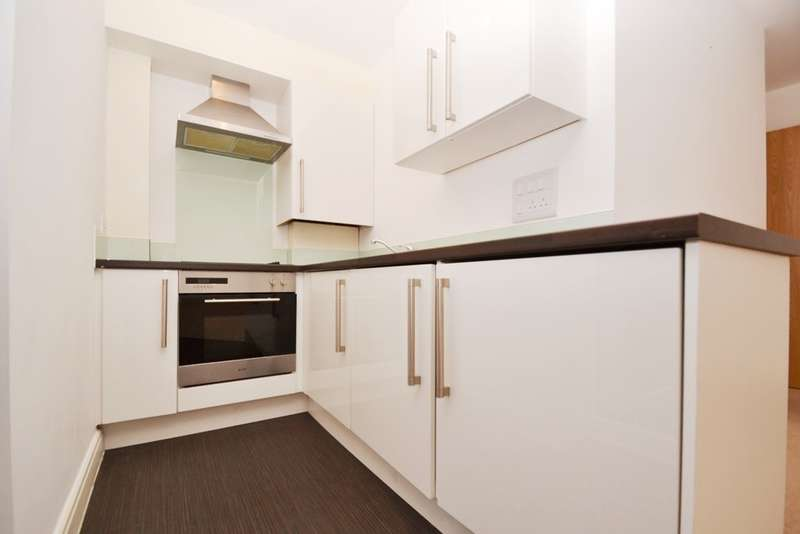 1 Bedroom Flat for sale in Bournemouth Centre