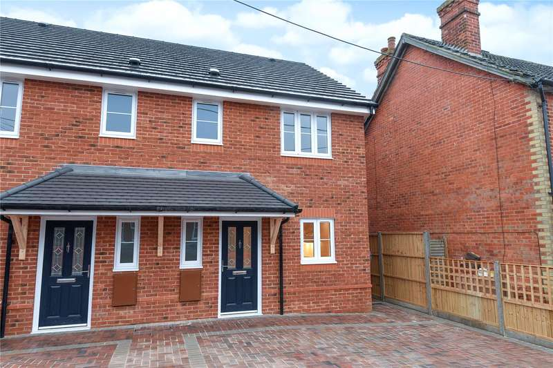 3 Bedrooms Semi Detached House for sale in College Road, College Town, Sandhurst, Berkshire, GU47