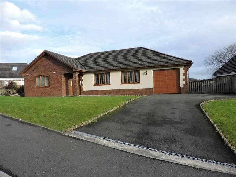 3 Bedrooms Property for sale in Parc Pencae, Llandybie