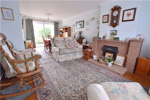 3 Bedrooms Semi Detached House for sale in Staleys Road, Borough Green, SEVENOAKS, Kent, TN15 8RR