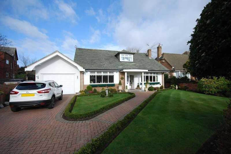 4 Bedrooms Bungalow for sale in Grosvenor Road, Birkdale, Southport, PR8 2ES