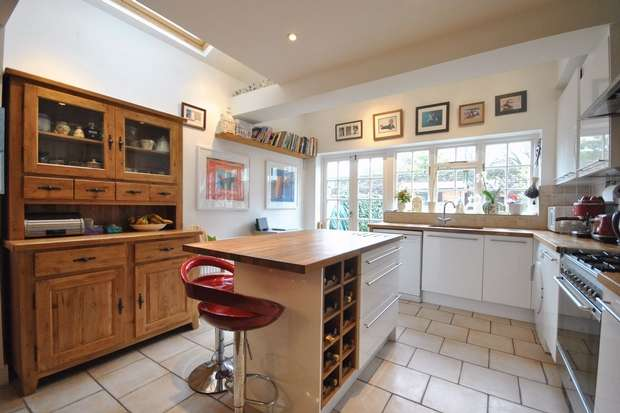 3 Bedrooms Cottage House for sale in Sherland Road, Twickenham