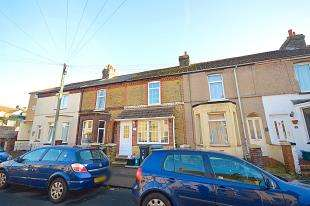 3 Bedrooms Terraced House for sale in Manor Road, Dover, Kent