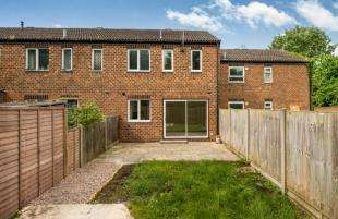 3 Bedrooms Terraced House for sale in Goldfinch Close, Faversham, Kent