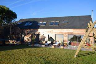 4 Bedrooms Detached House for sale in Bakery Lane, Punnetts Town, Heathfield, East Sussex