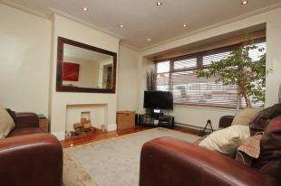 3 Bedrooms Terraced House for sale in Cranston Road, Forest Hill, London