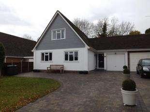 4 Bedrooms Link Detached House for sale in Vauxhall Gardens, Tonbridge, Kent