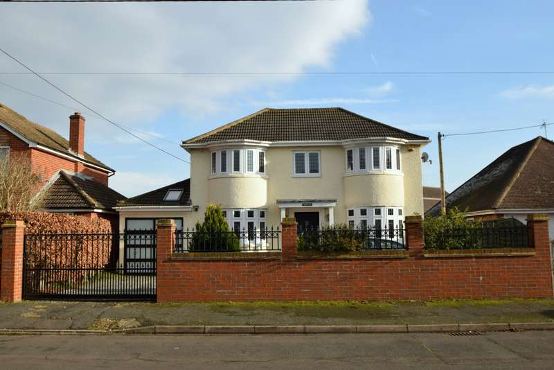 4 Bedrooms Semi Detached House for sale in Meadow Way, Dorney Reach, SL6