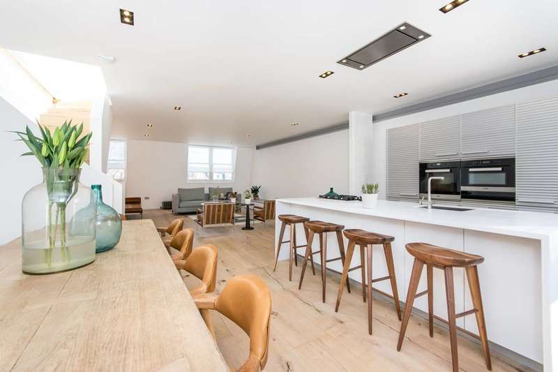3 Bedrooms Flat for sale in Sinclair Road, Brook Green, W14