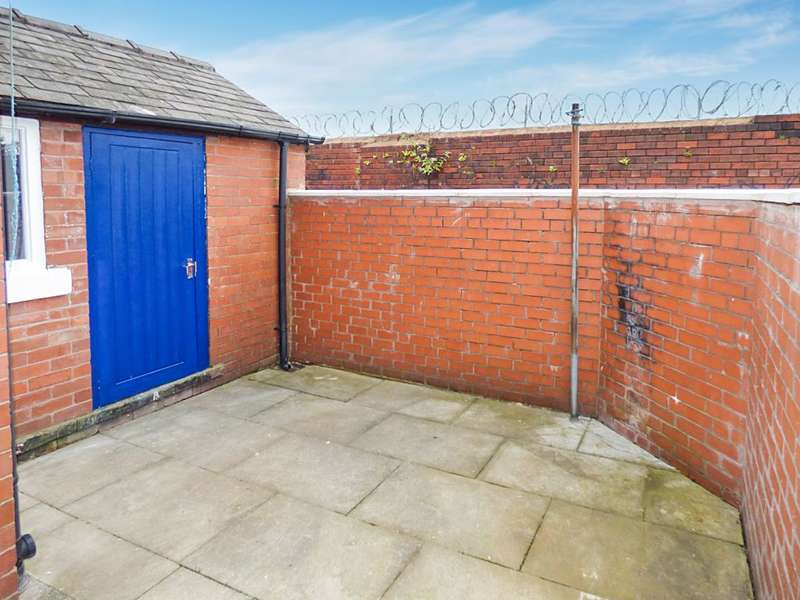 5 Bedrooms Terraced House for sale in Smalley Street, Rochdale, OL11 3EB
