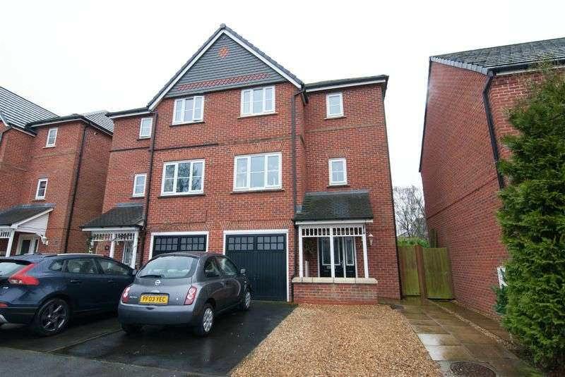 4 Bedrooms Semi Detached House for sale in New Street, Eccleston