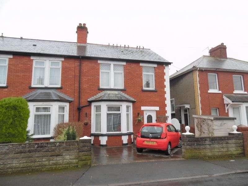 3 Bedrooms Semi Detached House for sale in Grove Road Bridgend CF31 3EH