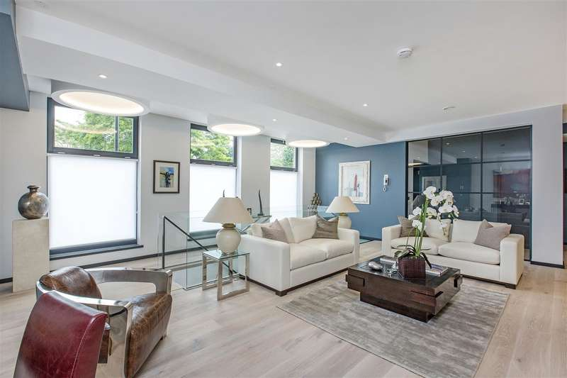 2 Bedrooms Flat for sale in 12 Southville, London SW8