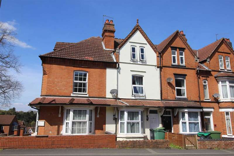 3 Bedrooms Property for sale in Mount Pleasant, Redditch