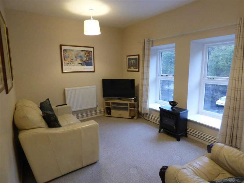 1 Bedroom Flat for sale in Mitre House, Manchester Road, Ashton-under-lyne, Lancashire, OL5