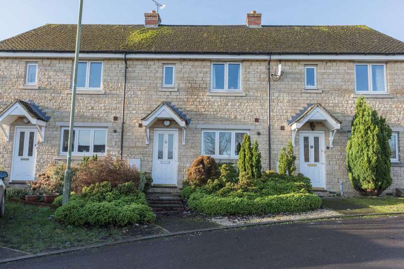 3 Bedrooms Terraced House for sale in Walnut Close, Witney
