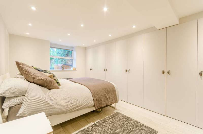 1 Bedroom Flat for sale in Colney Hatch Lane, Muswell Hill, N10
