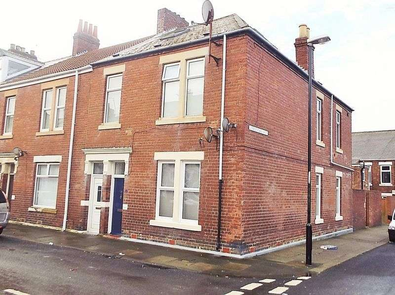3 Bedrooms Flat for sale in Chirton West View, North Shields