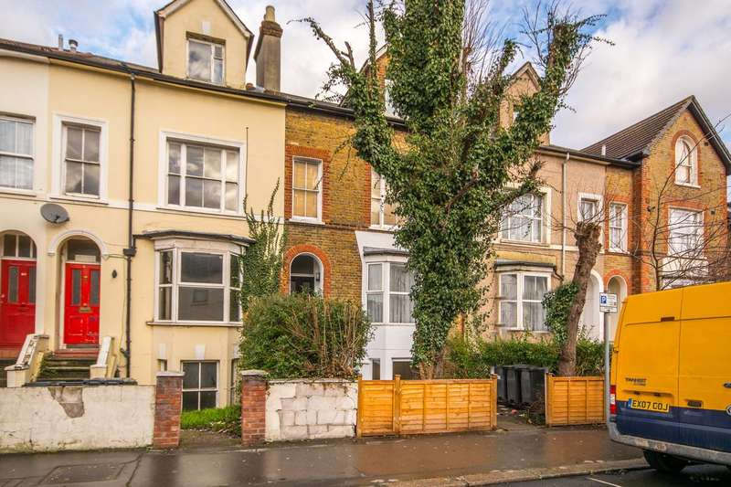 2 Bedrooms Flat for sale in Waddon Road, Waddon, CR0