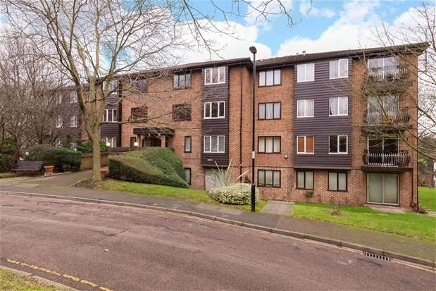 2 Bedrooms Flat for sale in Steep Hill, Croydon