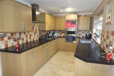 4 Bedrooms Detached House for rent in Coppice Road, Mapperley Plains/Arnold