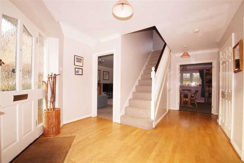 4 Bedrooms Detached House for sale in Garret Place, Maltings Park Road, West Bergholt, Colchester