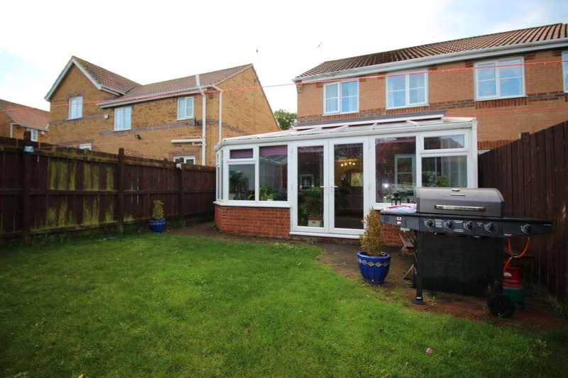 3 Bedrooms Semi Detached House for sale in Hemsby Close, Havelock Park, Sunderland, SR4