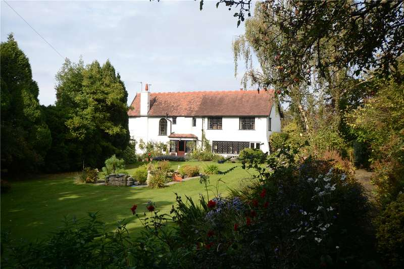 4 Bedrooms Detached House for sale in Farr Hall Drive, Lower Heswall, Wirral