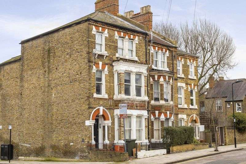 1 Bedroom Flat for sale in Saratoga Road, London