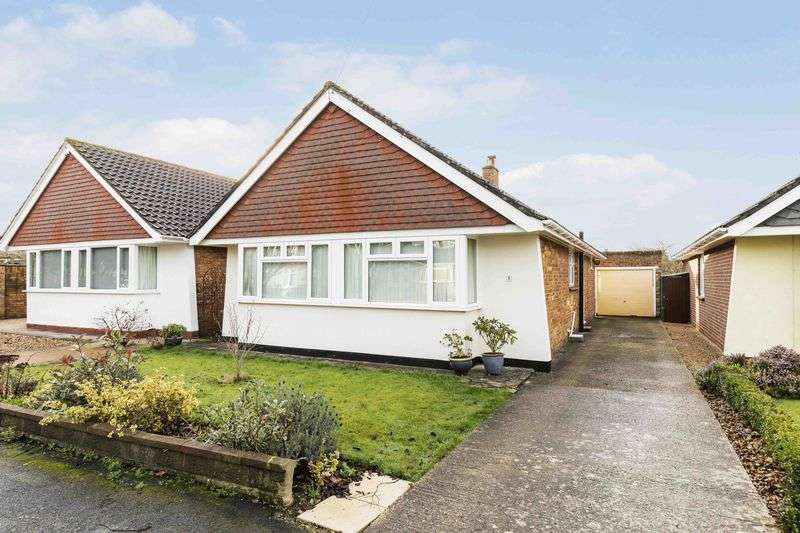 3 Bedrooms Detached Bungalow for sale in Wickor Way, Emsworth