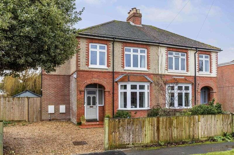 3 Bedrooms Semi Detached House for sale in Hallett Road, Denvilles, Havant