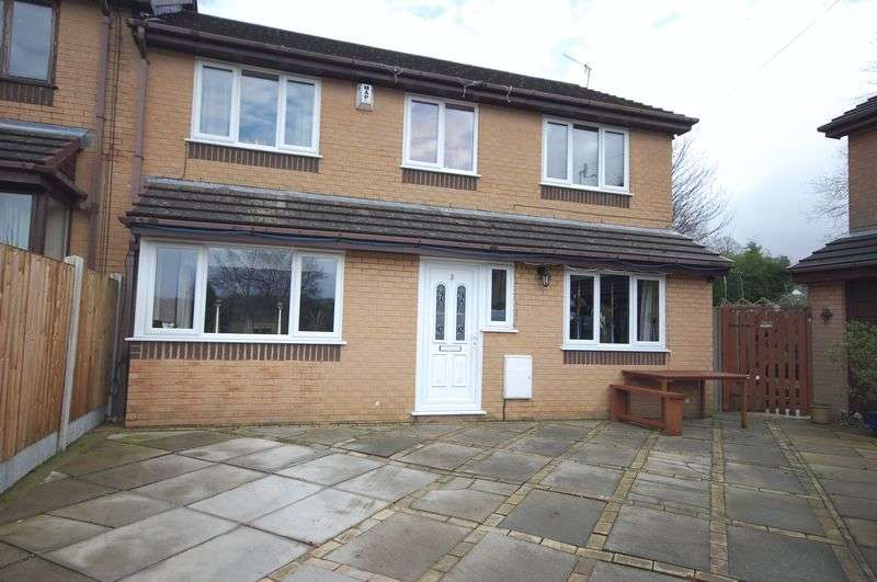 4 Bedrooms House for sale in Ashton Gardens, Glossop