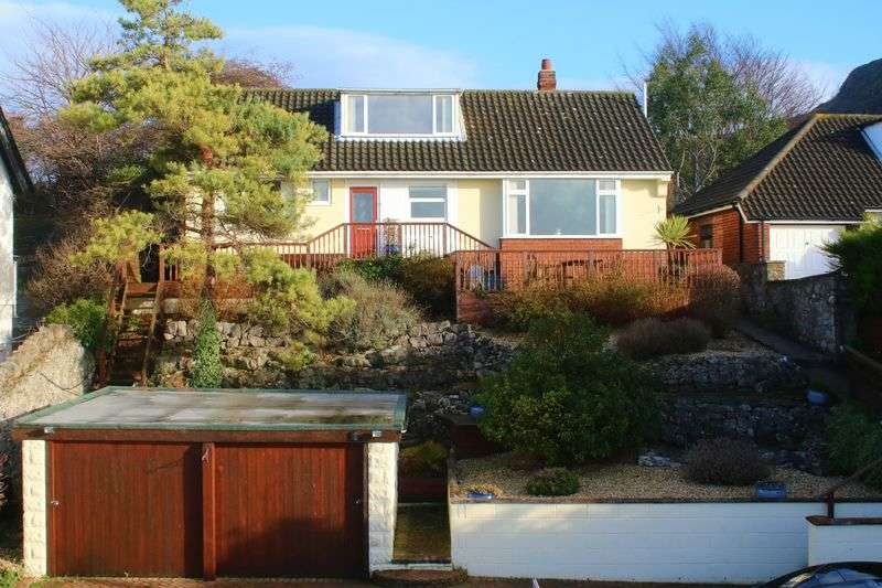 3 Bedrooms Detached Bungalow for sale in Cwm Road, Dyserth