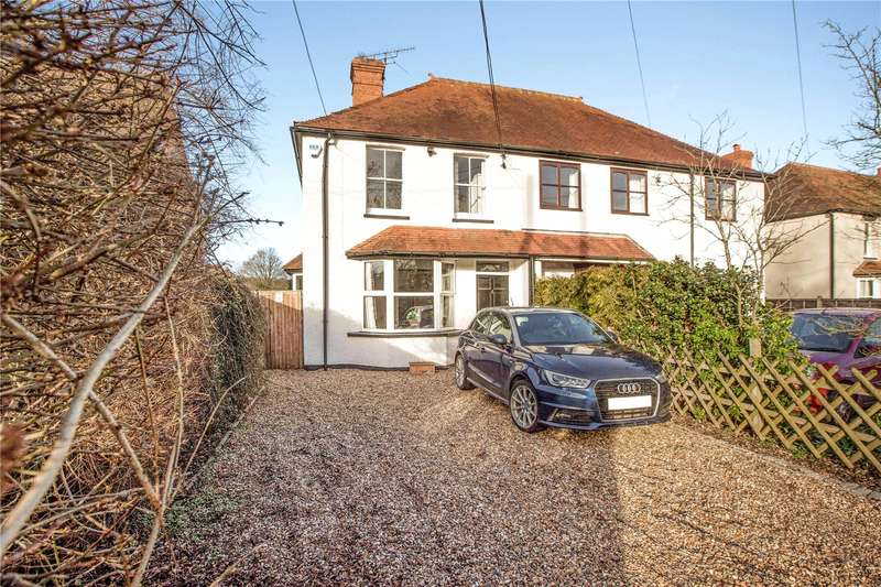 3 Bedrooms Semi Detached House for sale in Broadmoor Road, Waltham St. Lawrence, Reading, Berkshire, RG10
