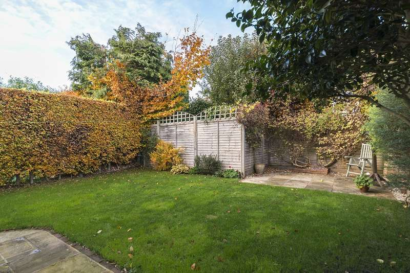 4 Bedrooms House for sale in Norbury Rd, Reigate