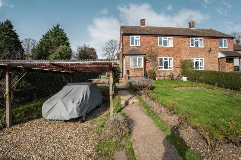 3 Bedrooms Semi Detached House for sale in The Pathway, Oxhey