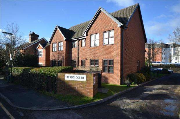 1 Bedroom Retirement Property for sale in Byron Court, 58 Middle Gordon Road, Camberley