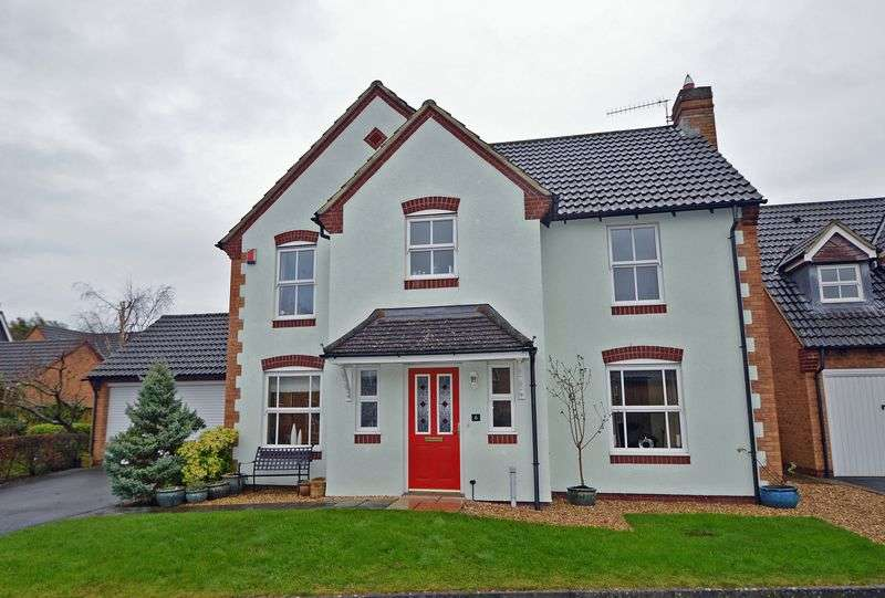 4 Bedrooms Detached House for sale in Slades Court, Backwell