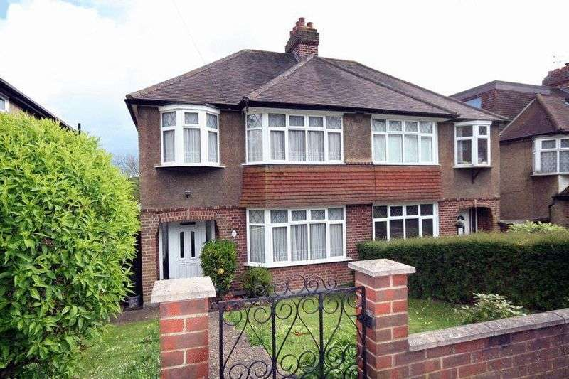3 Bedrooms Semi Detached House for sale in Winifred Road, CR5 3JG