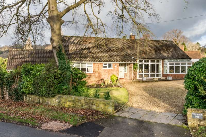 4 Bedrooms Detached Bungalow for sale in Raglan Road, Reigate, Surrey, RH2
