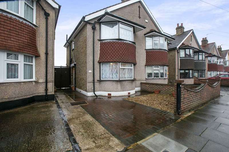 2 Bedrooms Semi Detached House for sale in Lyme Road, Welling, DA16