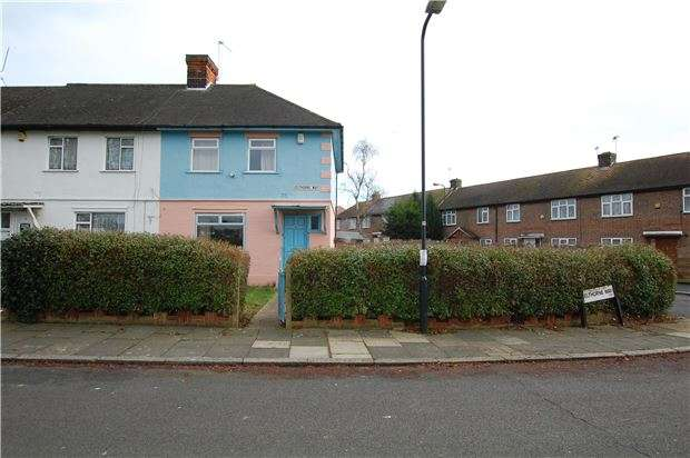 3 Bedrooms End Of Terrace House for sale in Elthorne Way, KINGSBURY, NW9 8BN
